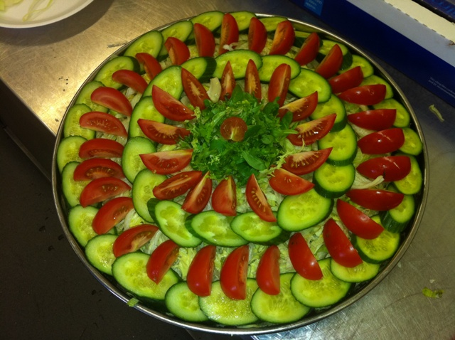 Tree c 39 s catering - Salad decoration for kids ...